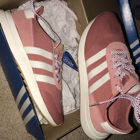 f00ad6952bfa51 Adidas Raw Pink Flashback SIZE 7  fits like 7.5